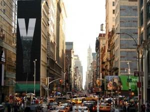 "Вид на улицу ""Бродвей"""