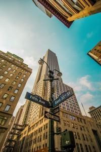 Указатель улиц в Нью-Йорке