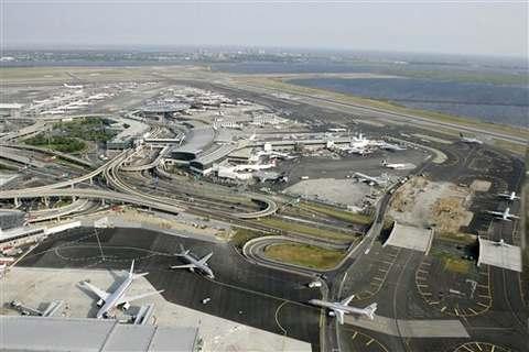 Вид на аэропорт имени Джона