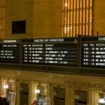 Информационное табло в центральном вокзале нью-йорка
