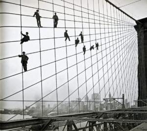 Художники на Бруклинском мосту в 1914 году