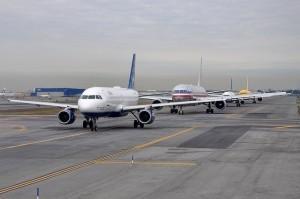 Самолёты в аэропорту Джона Кеннеди