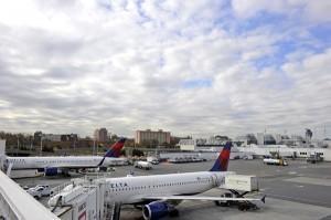 Самолёты в аэропорту Ла Гуардия