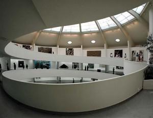 Музей-Гуггенхайма главный холл